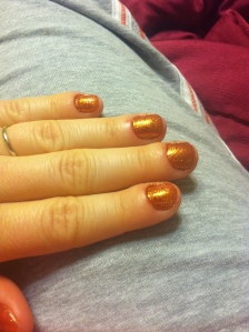 A gold glitter color